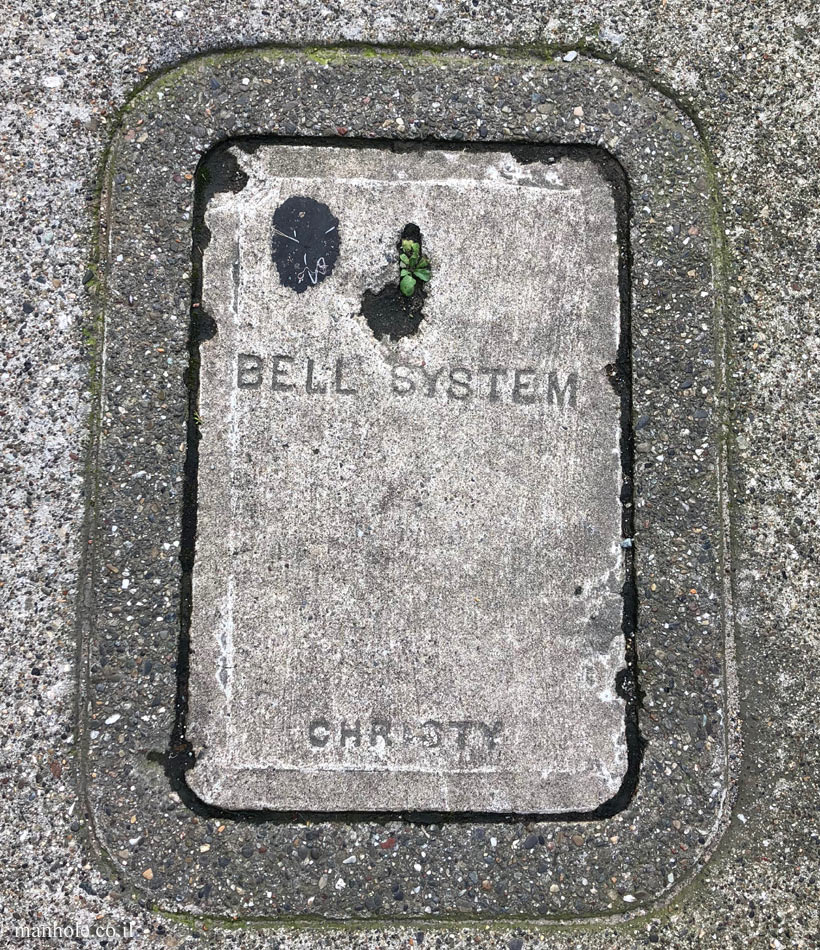 San Francisco - Communication - Bell System - Concrete cover