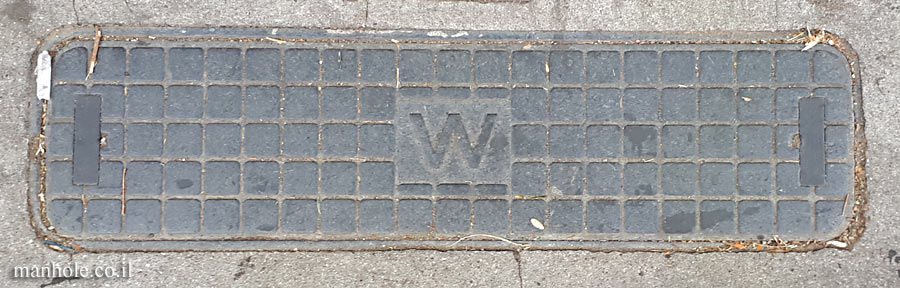 London - Hampstead - Water - narrow rectangular with rounded edges