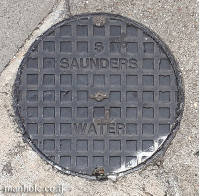London - Water - Small Cover - Saunders
